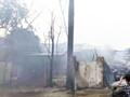 Hiện trường vụ cháy xưởng tan hoang ở Hoài Đức