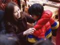 """Hoa khôi  Doanh nhân Lan Phương mang """"cái ấm"""" cho trẻ em vùng cao"""