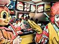 Câu chuyện về Jollibee - thủ phạm khiến đế chế McDonald's mất 40 năm vẫn không thể đứng số 1 tại Philippines