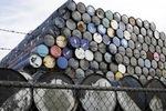 Dư thừa nguồn cung, OPEC báo tin xấu về giá dầu