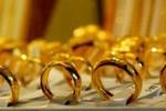 Giá vàng có thể bị thổi qua vùng 40 triệu đồng/lượng