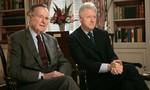 Cư dân mạng xôn xao về bức thư cựu Tổng thống George H.W. Bush gửi Bill Clinton sau khi bại trận