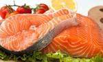 Cá hồi nuôi là thực phẩm độc hại, ăn nhiều gây ung thư?