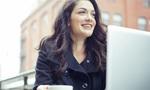 Phụ nữ 20: Mải mê kiếm tiền, vùi đầu vào công việc để rồi khi ngoảnh lại ta đã ngoài 30