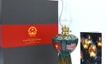 Thủ tướng Nguyễn Xuân Phúc sẽ tặng đèn Hoa Kỳ cho Tổng thống Donald Trump