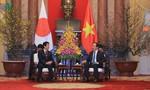 Chủ tịch nước Trần Đại Quang tiếp Thủ tướng Nhật Bản Shinzo Abe