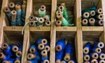 Công ty 144 năm tuổi vẫn loay hoay tìm cách thức sinh tồn: Từ dệt lụa, bán nội y, mỹ phẩm, đến buôn bất động sản, thậm chí là... nuôi ong