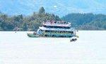 Chìm tàu du lịch chở 150 người, hàng chục du khách mất tích