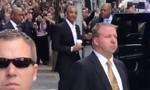 Obama gây chút náo loạn khi xuất hiện ở New York