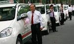 Bị Uber và Grab cạnh tranh gay gắt ở Sài Gòn, thị trường mới không có, Vinasun hết đường tăng trưởng?