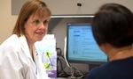 Giám đốc Trung tâm ung thư hàng đầu Mỹ cảnh báo 10 dấu hiệu ung thư ở nam giới