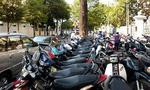 Ai chịu trách nhiệm thu phí giữ xe sai quy định?