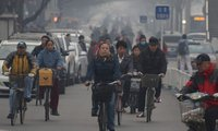 Trung Quốc phạt 249 quan chức lười biếng