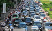 """Thuế cao không """"phanh"""" được đà tăng của ô tô tại Việt Nam"""