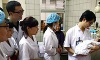 Vì sao Bộ Y tế lại thay trang phục bác sĩ?