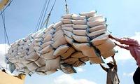Xem xét bỏ thuế GTGT 5% với gạo tiêu dùng trong nước