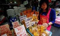 """Giá dầu """"đè bẹp"""" lạm phát Thái Lan"""