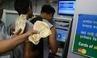 Ấn Độ đau đầu vì tiền cũ