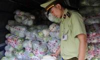 Bắt giữ và tiêu hủy 2,5 tấn bắp cải Trung Quốc không có giấy tờ