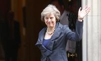 Khó khăn chồng chất đón chờ tân Thủ tướng Anh Theresa May