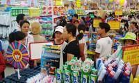 Vì sao đại gia ngoại bơm tiền chiếm thị trường bán lẻ Việt?