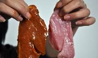 Giò bò, xúc xích bò ở Hà Nội… toàn bằng thịt lợn