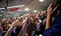 """Dow Jones vượt mốc 19.000 điểm, các kim loại """"tỏa sáng"""" trên thị trường hàng hóa"""