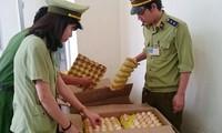 Hủy gần 5.000 quả trứng gà nhập lậu từ Trung Quốc