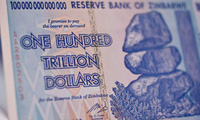 Zimbabwe sắp quay lại thời lạm phát 500.000.000.000%?