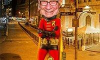 """Warren Buffett đang được """"thần thánh hóa""""?"""