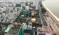 Đi 6 km mới mua được 1 chai nước nhưng dự án nghỉ dưỡng vẫn dày đặc ven biển Nha Trang