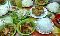 """Sau """"bún chả Obama"""", Hà Nội được xếp nhất thế giới về ẩm thực"""