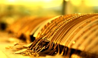 Giá vàng tăng mạnh phiên cuối tuần