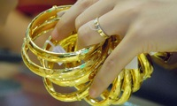 Lo lịch sử giá vàng 2011 lặp lại?
