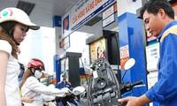Giá xăng tăng chưa đến 50 đồng/lít
