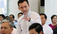 """Con trai ông Nguyễn Bá Thanh: """"Chúng ta thu thuế để làm gì?"""""""