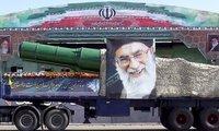 Mỹ trả nợ 1,7 tỉ USD rồi áp thêm lệnh trừng phạt Iran
