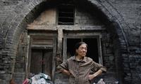 Cuộc sống nguy hiểm ở ngôi làng lún dần tại Trung Quốc