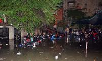 """Hơn 1.000 xe máy """"chết chìm"""" trong trận ngập nặng nhất từ đầu năm"""