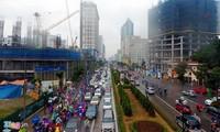 Kẹt cứng giao thông trên tuyến buýt nhanh BRT