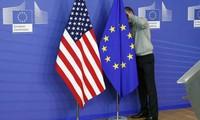 EU tạm ngừng mọi đàm phán thỏa thuận thương mại với Mỹ