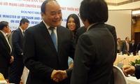 Thủ tướng Nguyễn Xuân Phúc: Thẳng thắn thừa nhận điểm nghẽn tăng trưởng để khơi thông dòng chảy, đẩy mạnh đổi mới