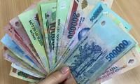 Bất cập tiền lương công chức: Không thể để như hiện nay