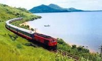 Giá cước đường sắt, đường thủy đã giảm mạnh