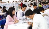 Khởi nghiệp tại Việt Nam: Nghĩ nhiều hơn… làm?