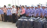 Người lao động phải trả phí cao hơn quy định mới được đi Đài Loan
