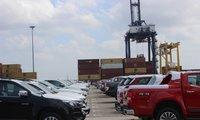 Ô tô giảm 90 triệu, xe nhập về Việt Nam tăng gấp đôi
