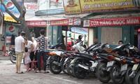 Vỉa hè nhiều phường Hà Nội thông thoáng trở lại
