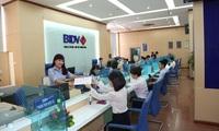 Cách nào giúp chi nhánh ngân hàng bán lẻ giải bài toán lợi nhuận?