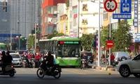 Vì sao bắt buýt nhanh chờ đèn đỏ?